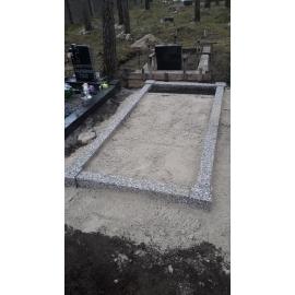 Ограда из бетона с гранитной крошкой  на 1 место (с фундаментом)